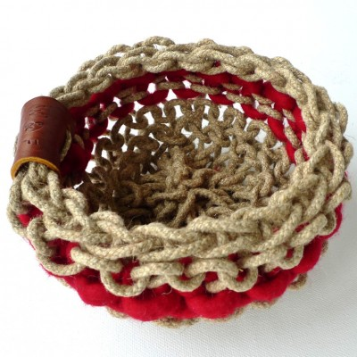 No.15 Claret wool and hemp soft knitted basket