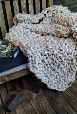 OPTION 2 2 Kilo Knitted Wool Throw